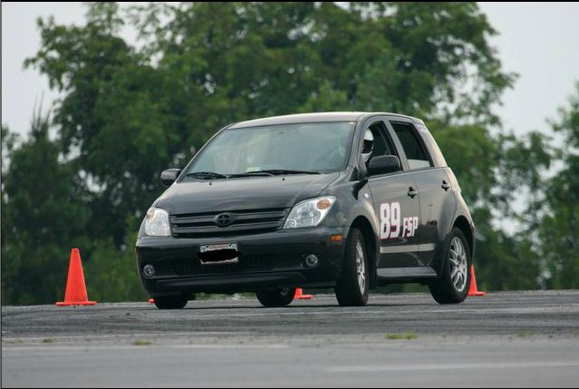 Ross Potts tears up the track with his xA!